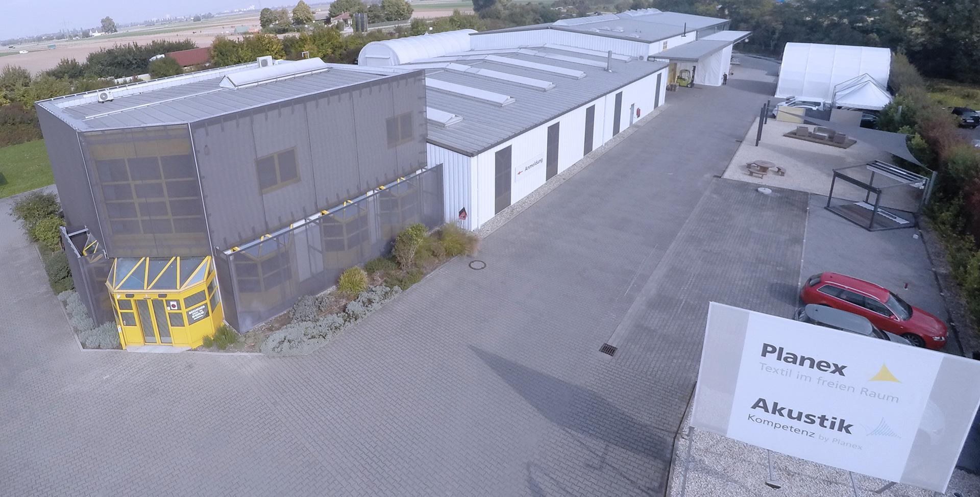 Das Firmengelände des Unternehmens AkustikKompetenz by Planex in Ludwigshafen