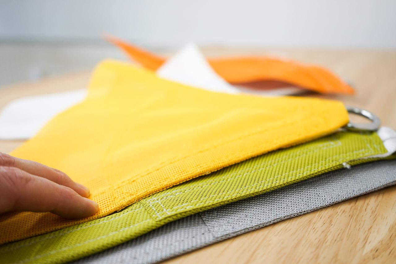 Das hochwertige, schallabsorbierende Material von Akustiksegel aus Textil von AkustikKompetenz.